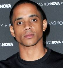 Cordell-Broadus-Wiki-Wife-Gay-Net-Worth-Height-Mom