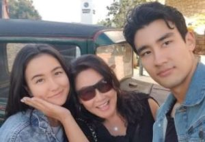 alex-landi-parents-sister-gay-wife-doja-cat