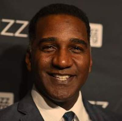 norm-lewis-gay-partner-married-dating-height-pose-2021